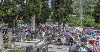 Blagoslov polja na Djevojačkom groblju sv. Ante