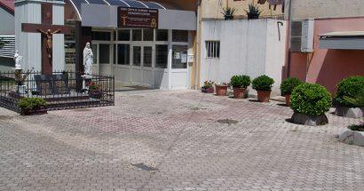 Dvorište Molitveno – kulturne zajednice svete Barbare odabrano za najljepše dvorište Grada