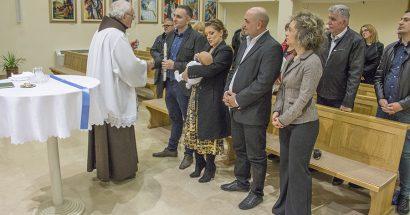 Krštenje u crkvi svetog Franje u Ilićima