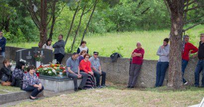 Blagoslov polja na groblju Troskoti