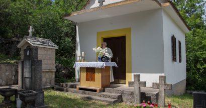 "Blagoslov polja i sveta misa na groblju ""Galac"""