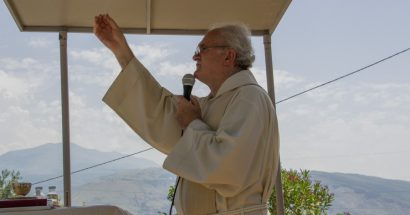 Blagoslov polja kod svetog Ante u Cimu